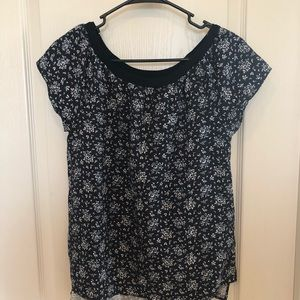 🆕Calvin Klein Jeans Floral Top
